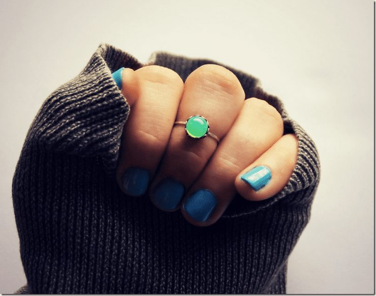 green-opal-knuckle-ring