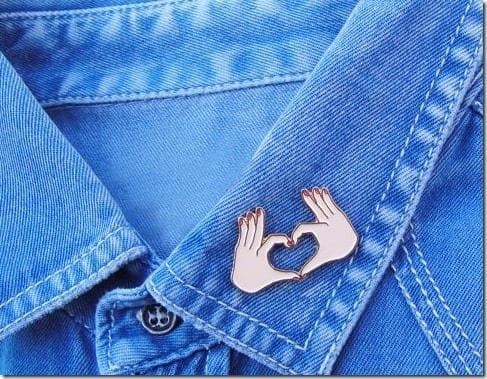 hand-love-pin