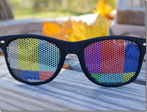 tv-test-print-wayfarer-sunglasses