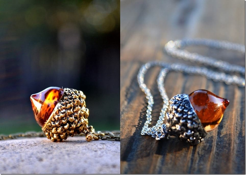 antique-amber-acorn-necklace