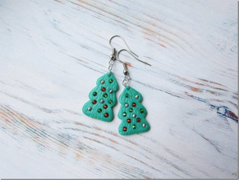 7 Festive Christmas Tree Earrings To Put On Your Party Ear Lobes