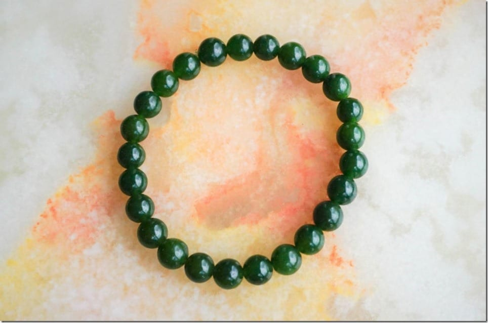 african-green-jade-beaded-bracelet