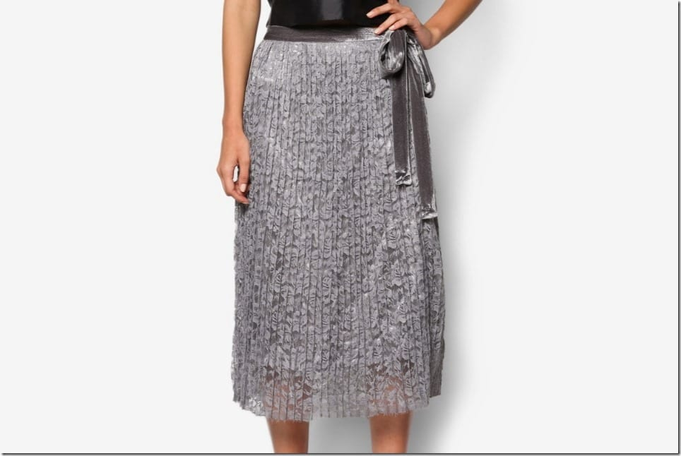 Dreamy Grey Midi Skirt Styles To Wear This Valentine's Day