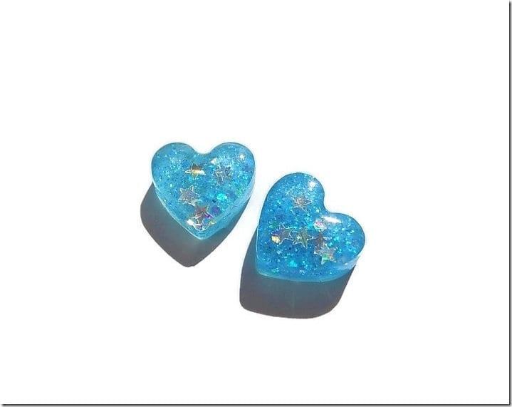 glow-in-the-dark-blue-heart-earrings