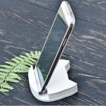 Fashionista NOW: 7 Chic Wooden Stand Ideas To Park Your Smartphones