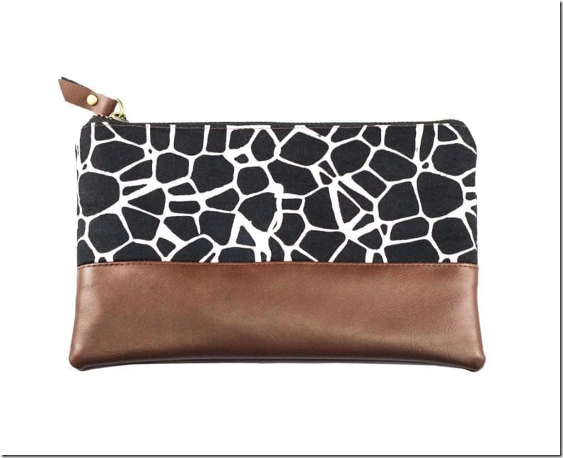 black-stone-leather-zip-pouch