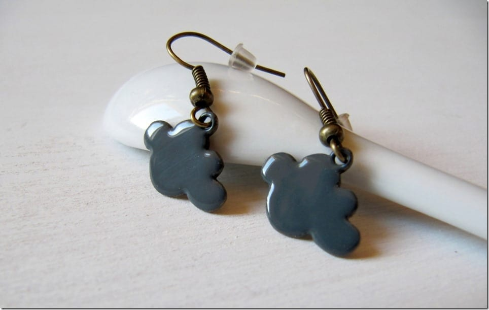 dark-grey-cloud-earrings