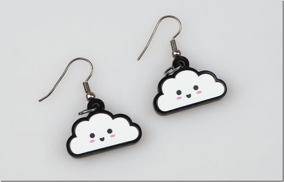 kawaii-cloud-earrings