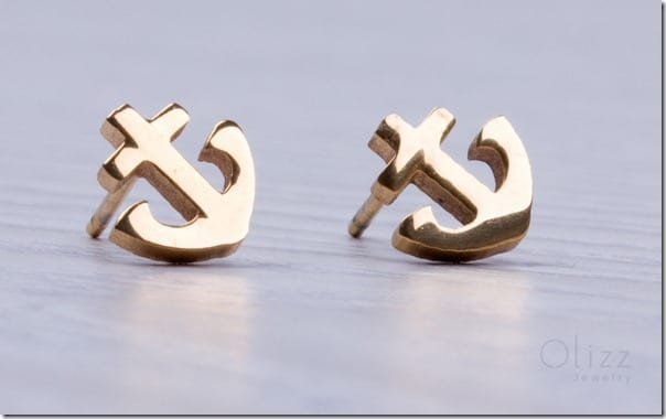 love-anchor-stud-earrings