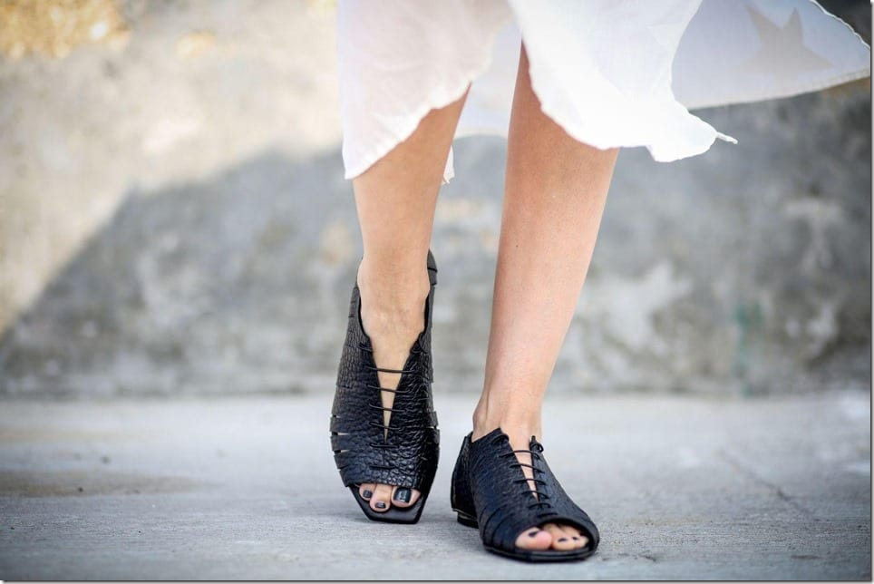 peep-toe-black-lace-leather-sandals