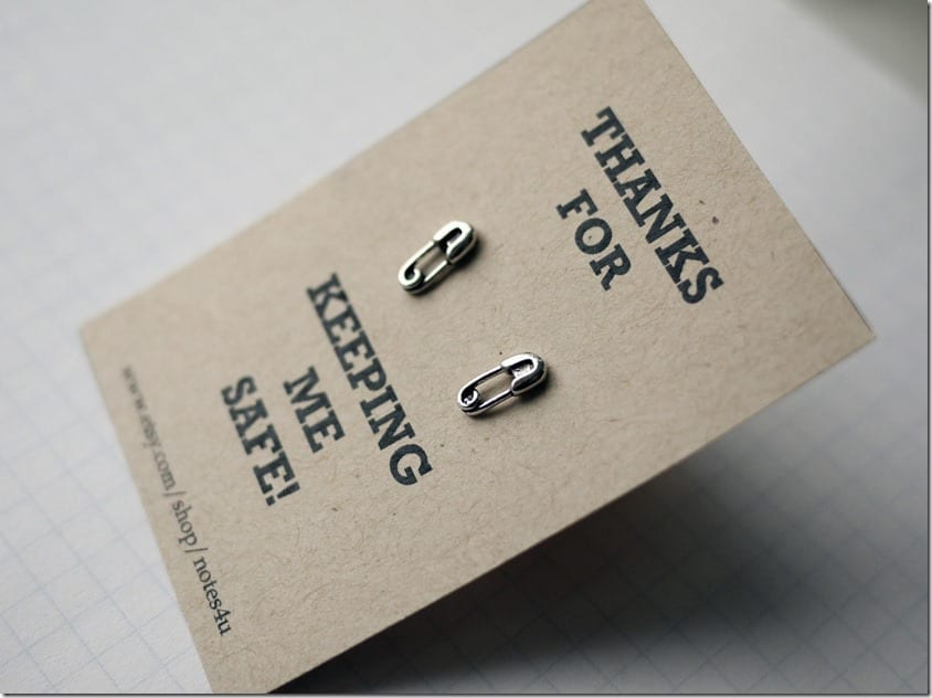 cute-safety-pin-stud-earrings