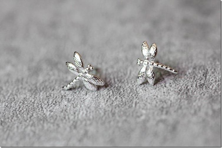 dainty-dragonfly-stud-earrings