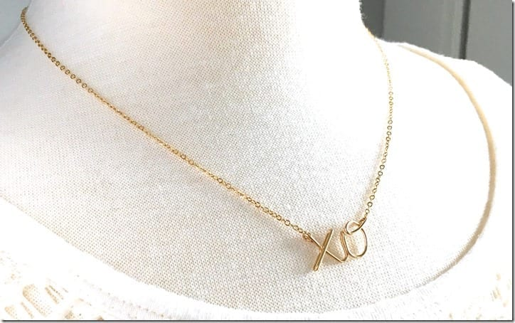 gold-xo-necklace