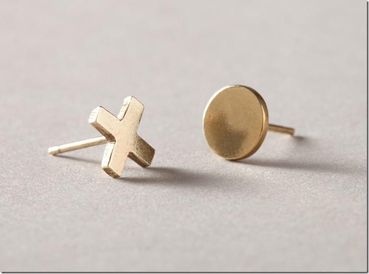 mismatched-xo-earrings
