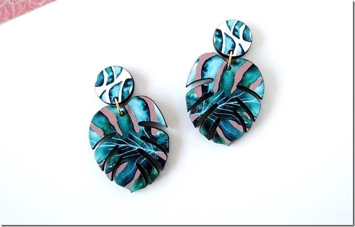 monstera-plant-tropical-earrings