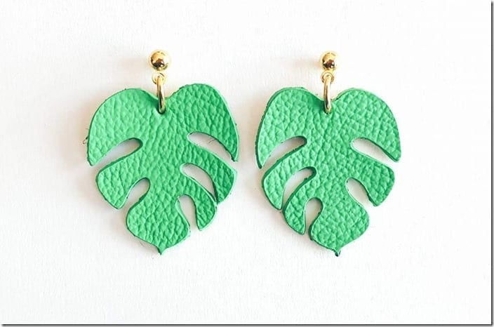 tropical-green-monstera-earrings