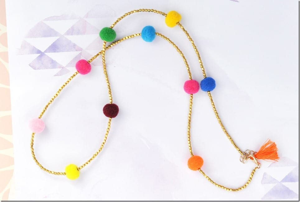 colorful-pom-pom-beaded-necklace