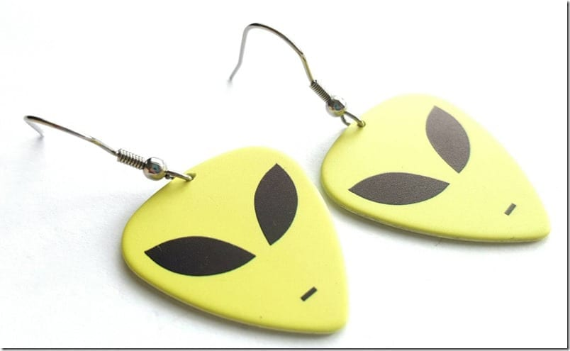 alien-guitar-pick-earrings