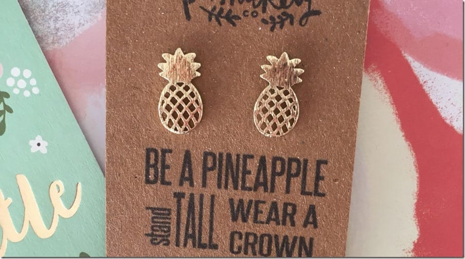 cute-gold-pineapple-earrings