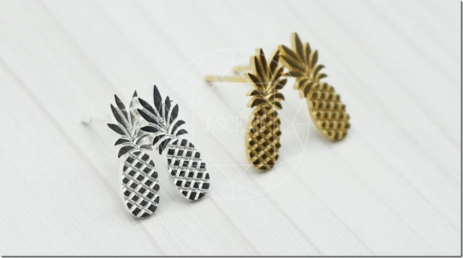 minimal-pineapple-stud-earrings