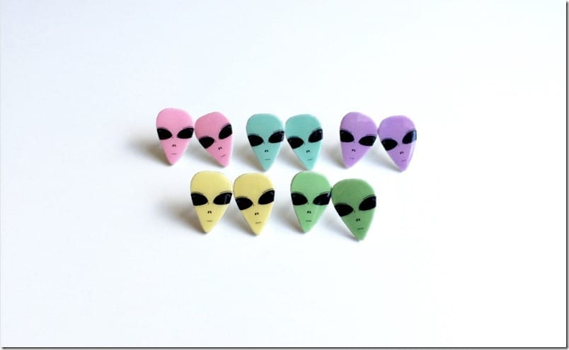 pastel-alien-head-earrings