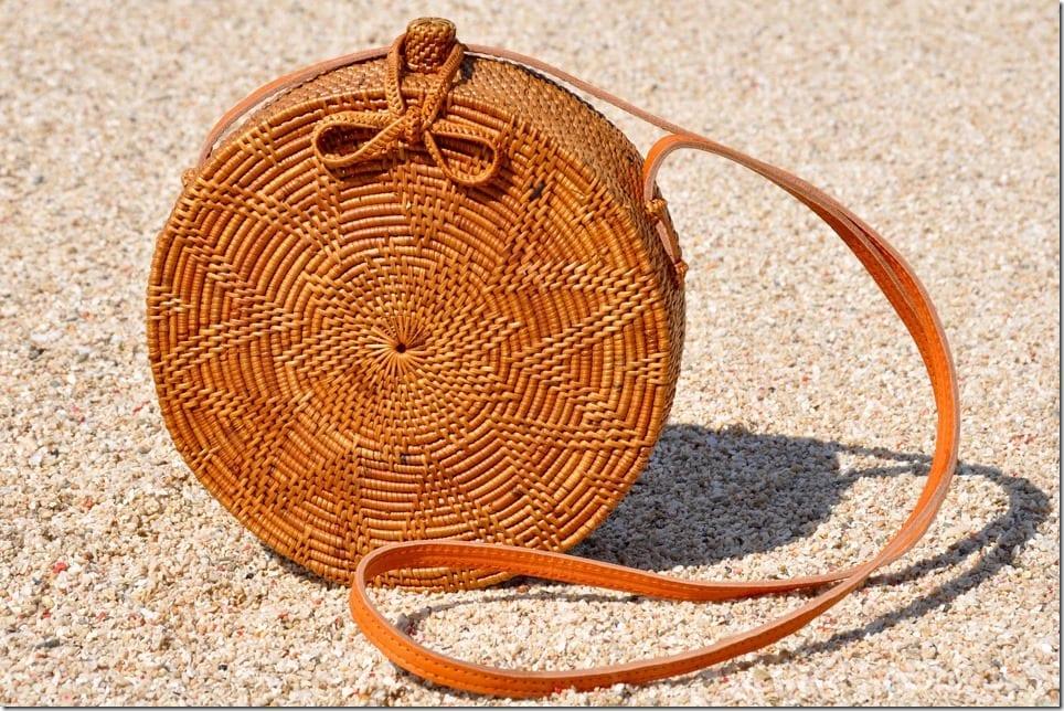 round-rattan-shoulder-bag