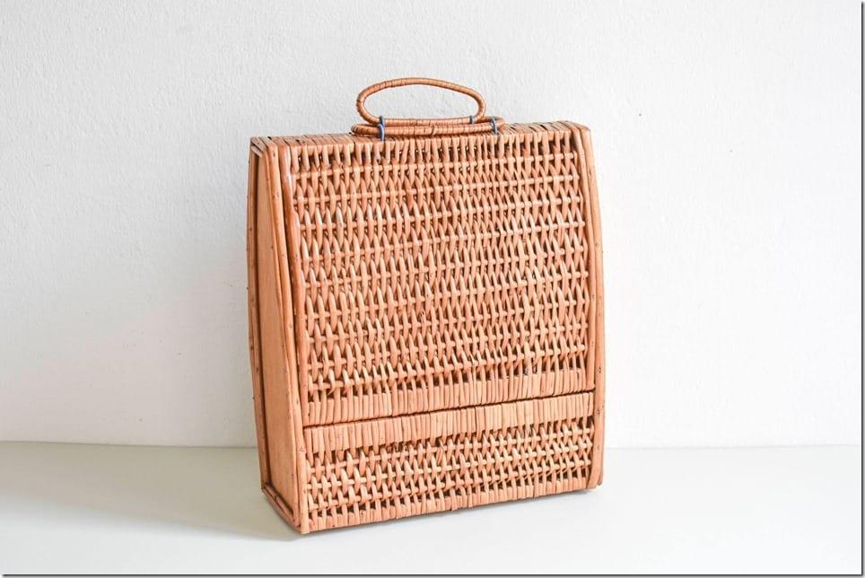 vintage-rattan-suitcase-bag