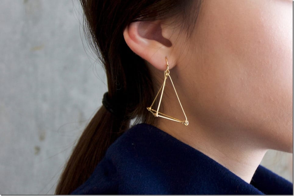 architectural-pyramid-geometric-earrings