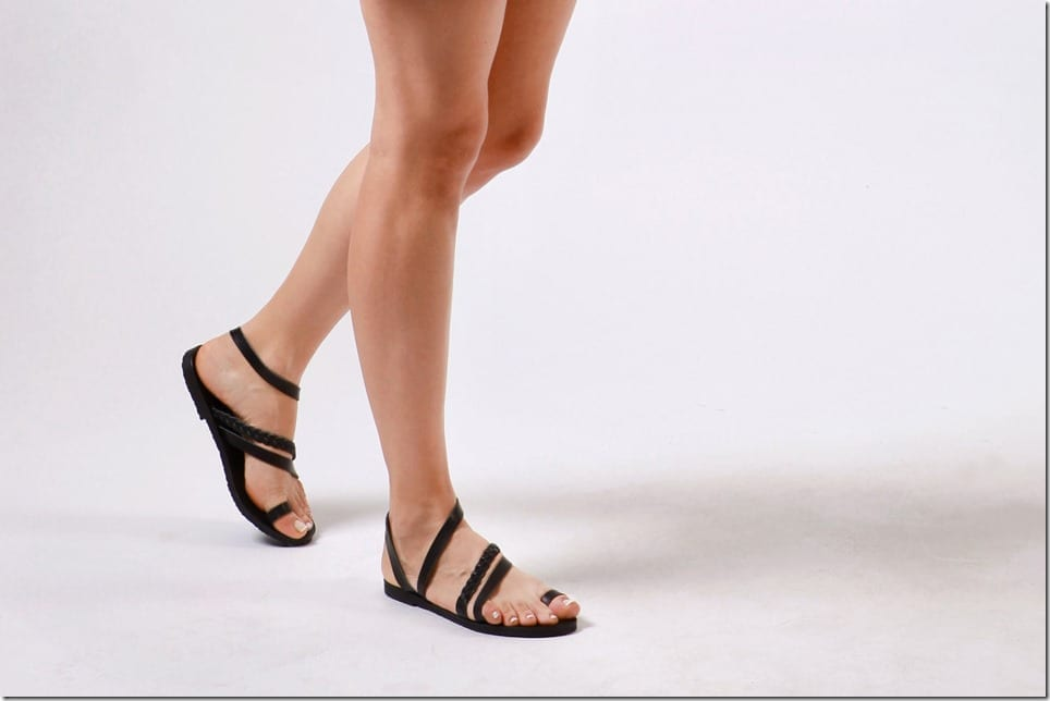 black-toe-ring-gladiator-sandals