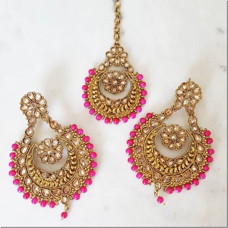 hot-pink-antique-gold-earring-tikka-set