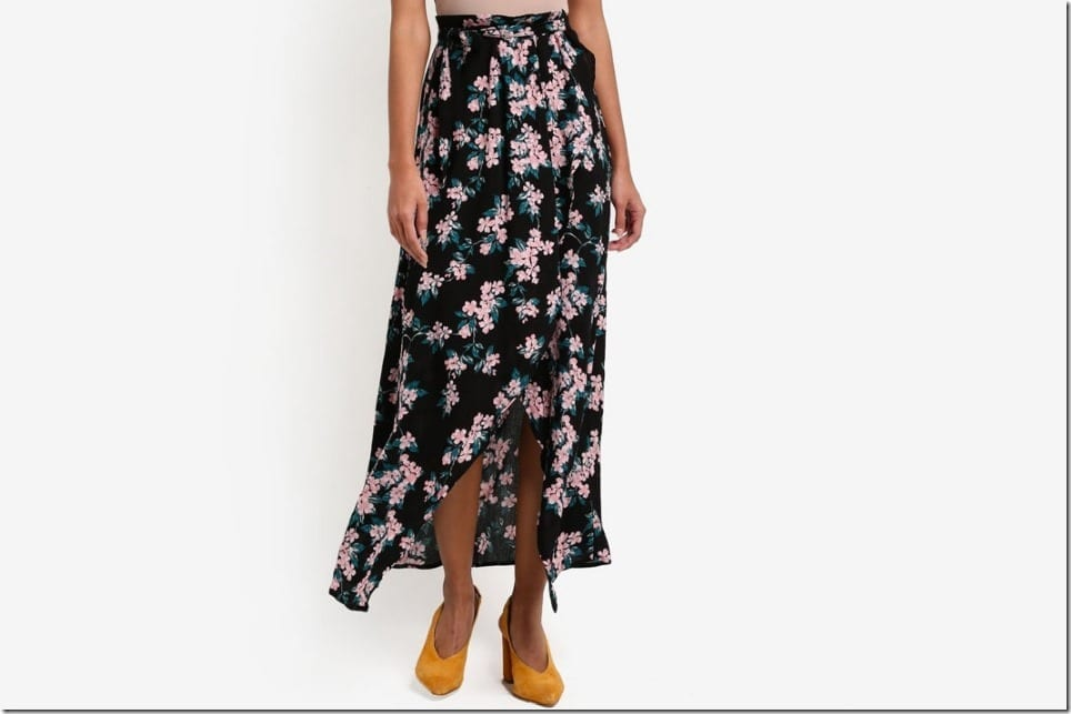 The Floral Maxi Wrap Skirt For Your Tropical OOTD