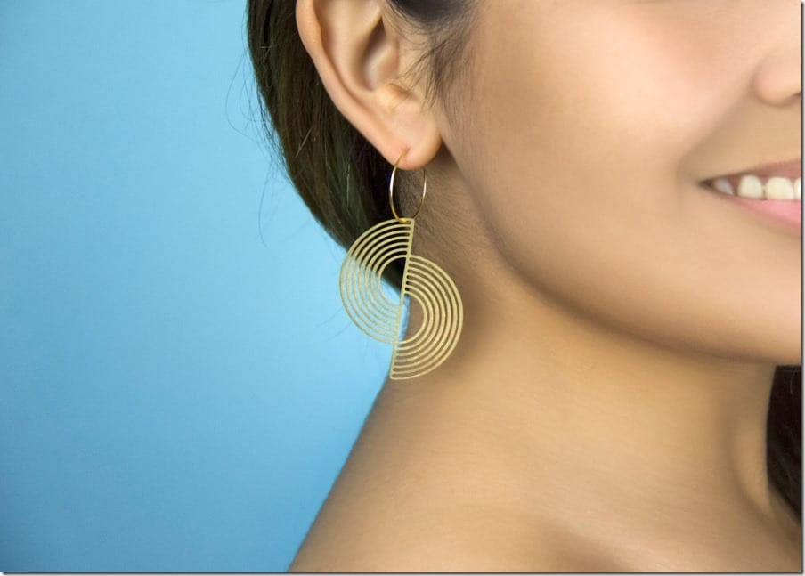 gold-hoop-split-circle-earrings