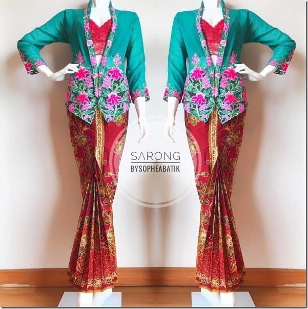 vibrant-kebaya-batik-kipas-set