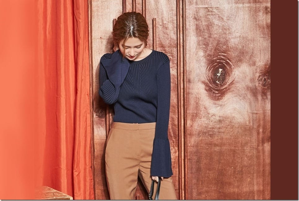 Bell Sleeve Knit Tops To Perfect Your Drizzly Monsoon OOTD