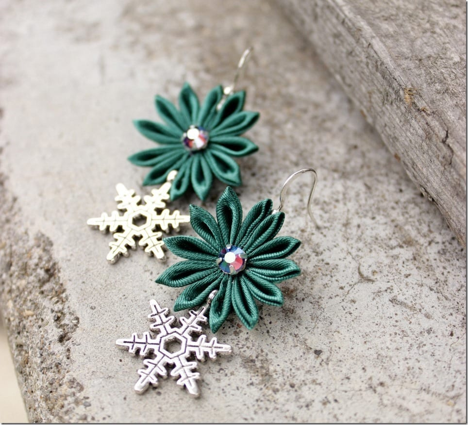 Snowflake Earrings For Your Christmas Earlobes