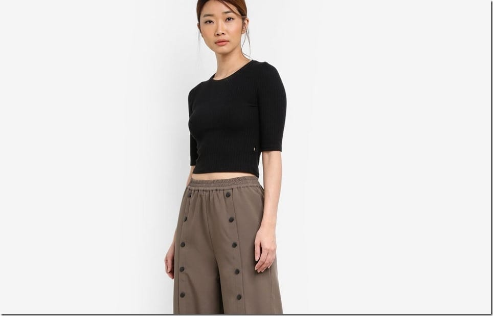 Make Popper Pants Your Next Palazzo Pants