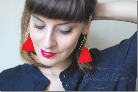 triangle-red-tassel-dangle-earrings