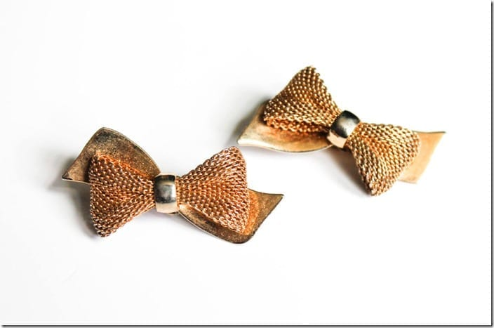 vintage-50s-gold-mesh-bow-earrings