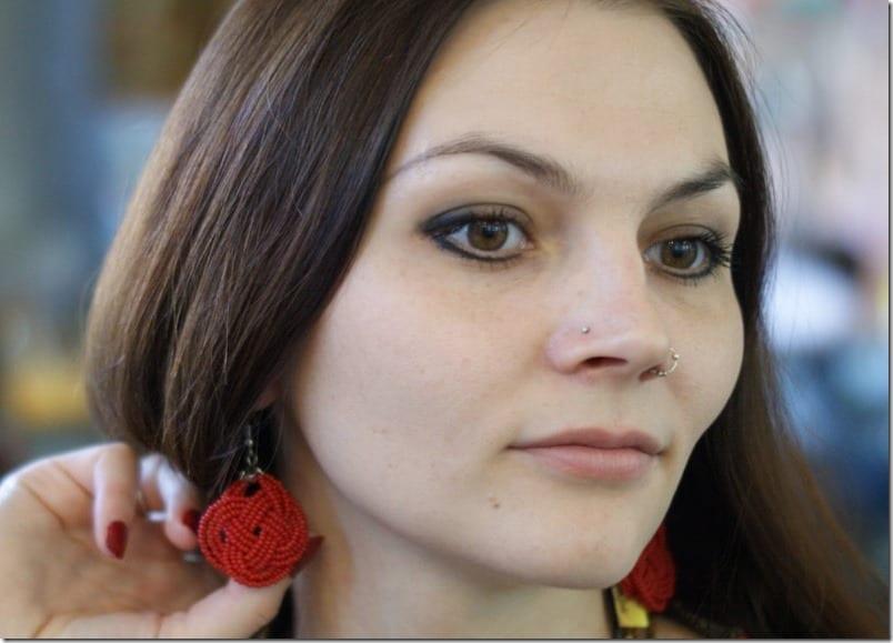 red-knot-beaded-earrings