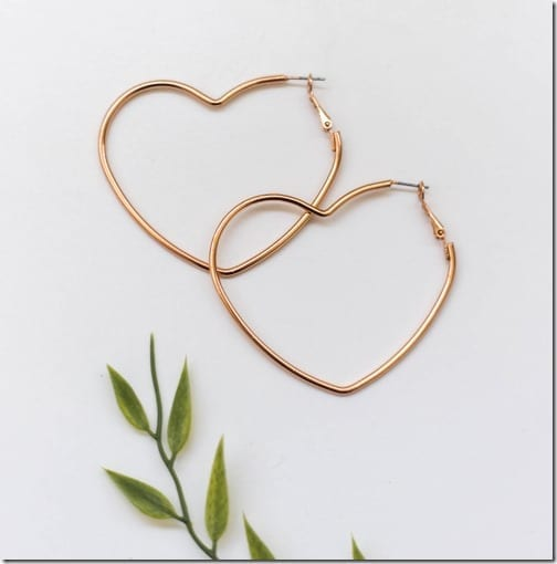 gold-heart-hoop-earrings
