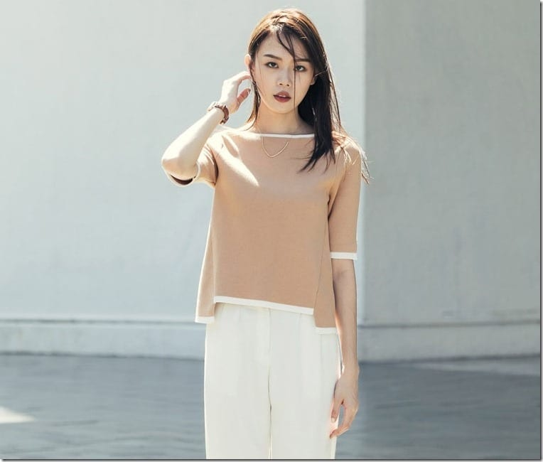The Minimalist Split Sleeve Top With Contrast Edge