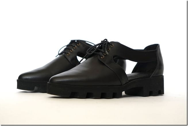 black-leather-cutout-oxford-shoes