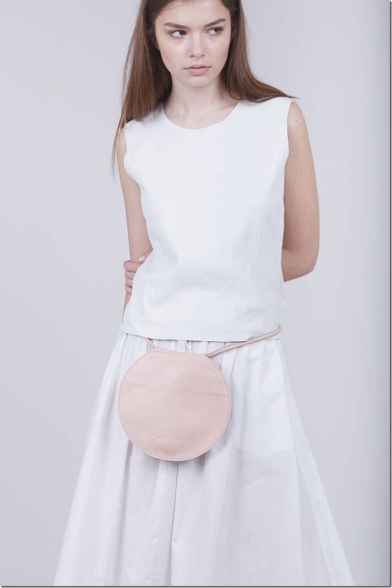 round-nude-leather-bag
