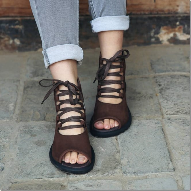 vintage-style-leather-lace-up-shoe