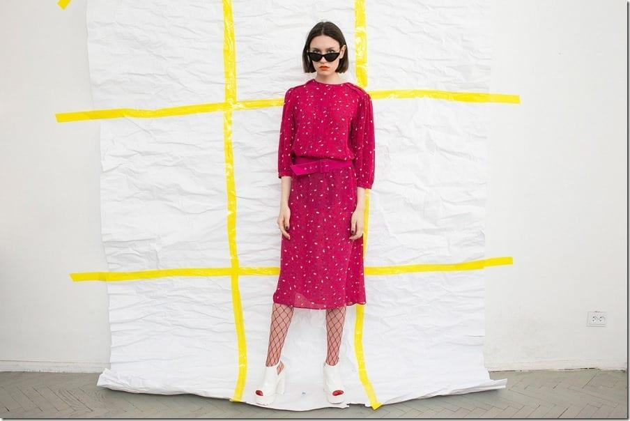 vintage-print-pink-belted-midi-dress