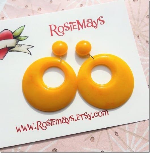 yellow-50s-style-hoop-earrings