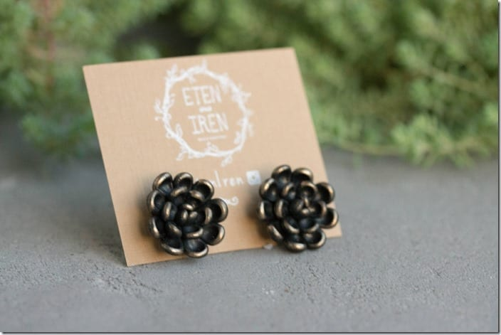 black-gold-succulent-stud-earrings