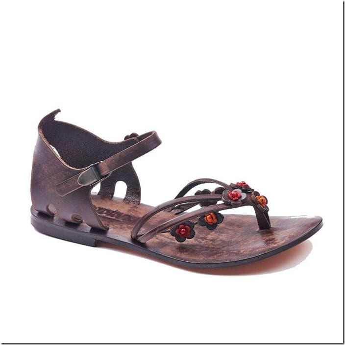 floral-charm-engraved-leather-sandals