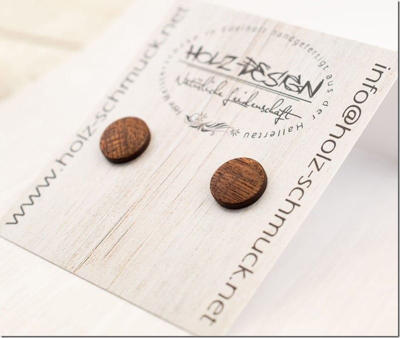 mahogany-round-wood-stud-earrings