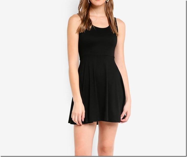 black-mini-sleeveless-dress